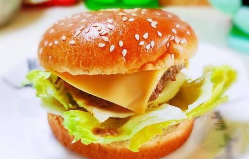 牛肉汉堡包的做法,为什么麦当劳的牛肉汉堡这么好吃? 网络快讯 第13张