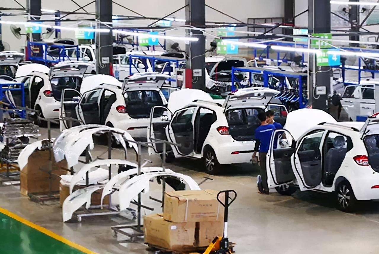 """自从新能源汽车出现以后,汽车市场就""""变样""""了插图"""