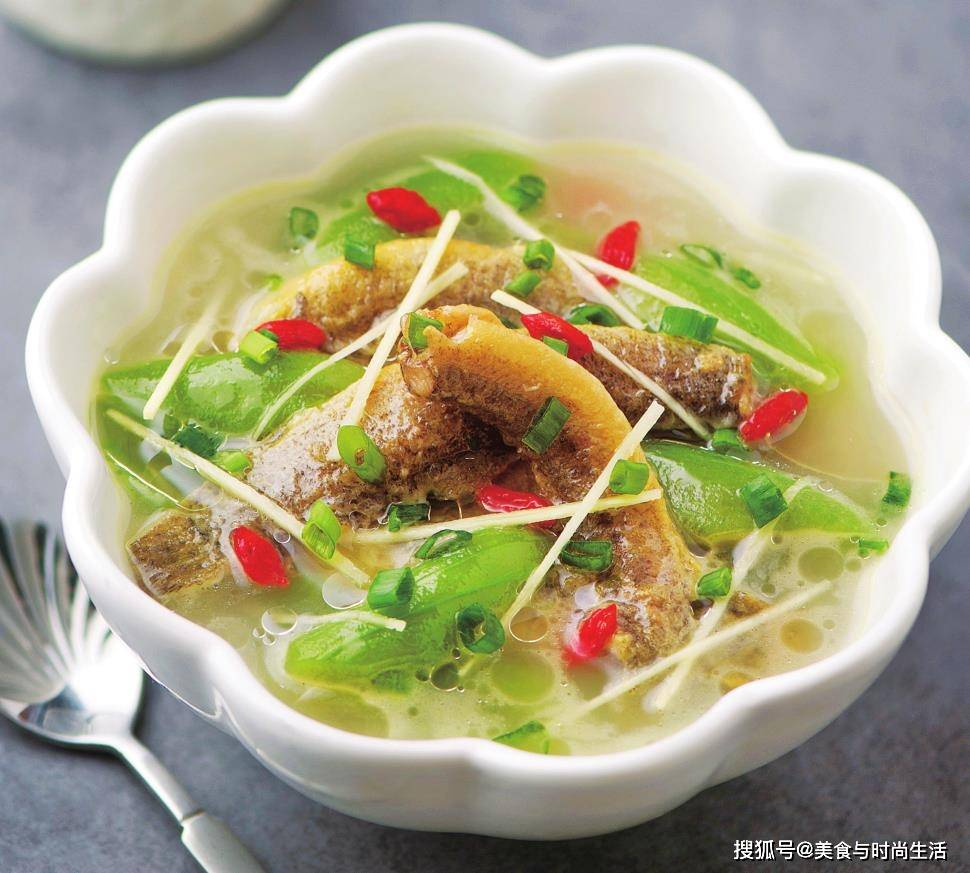 """它被称为""""水中人参"""",加这种食材做汤,滋补营养,特别适合孩子"""