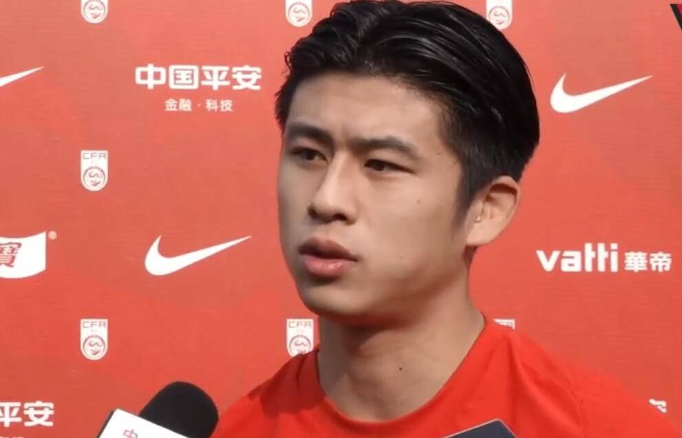 张玉宁透露假期在北京 艾克森希望为国家进更多球