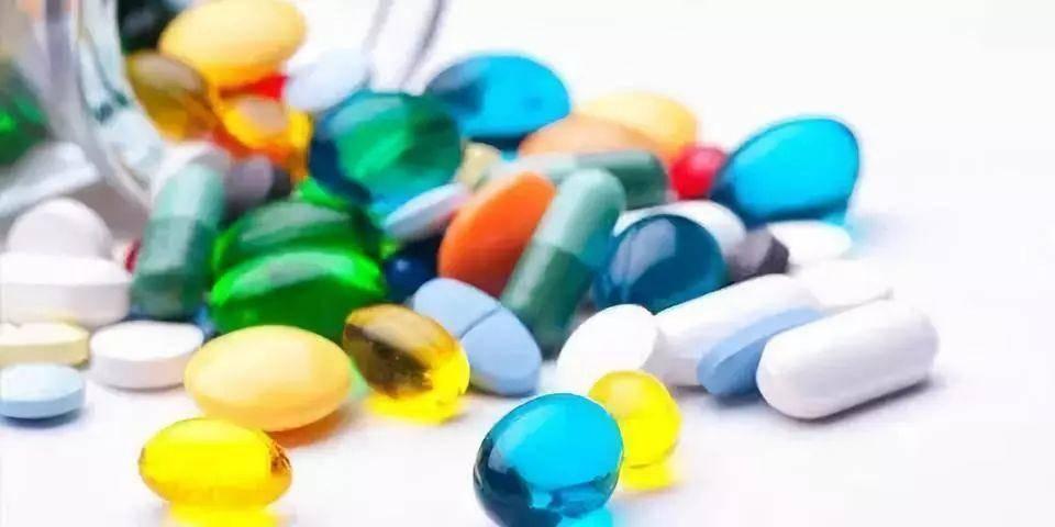 原有的医疗保健行业健康发展,注重服务的改善,刺激和满足需求的过程
