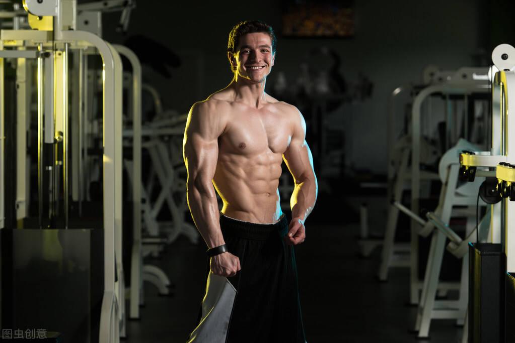 坚持健身跟从不健身的人,二者有什么区别?4个方面告诉你答案