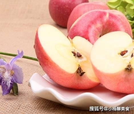 每天吃一个苹果有3大好处,但是不能和它一起吃,后果很严重!