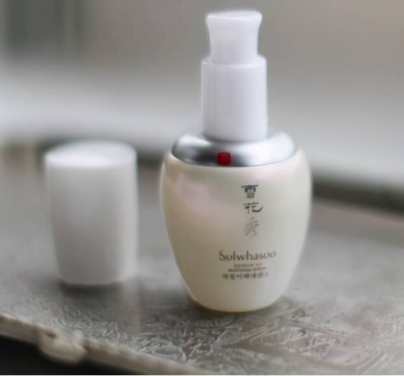 盘点那些年被网红推爆的精华液,改善暗沉让你皮肤变得更水润透白                                   图1