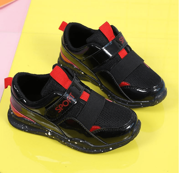 """""""毒童鞋""""遭曝光,不少家庭都有,超标重金属或影响儿童身体发育  第6张"""