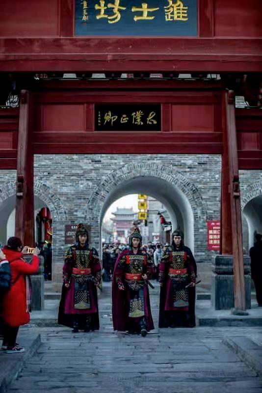 中国年在忻州 山西:房车出游新风尚 忻州古城品年味(组图)  第10张