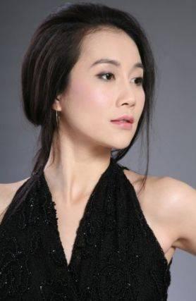 拉菲8娱乐app:她因长的太美被人说是红颜祸水,为拍戏不惜吃药,42岁依旧单身
