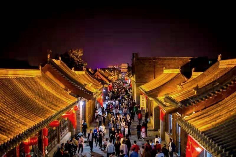 中国年在忻州 山西:房车出游新风尚 忻州古城品年味(组图)  第1张