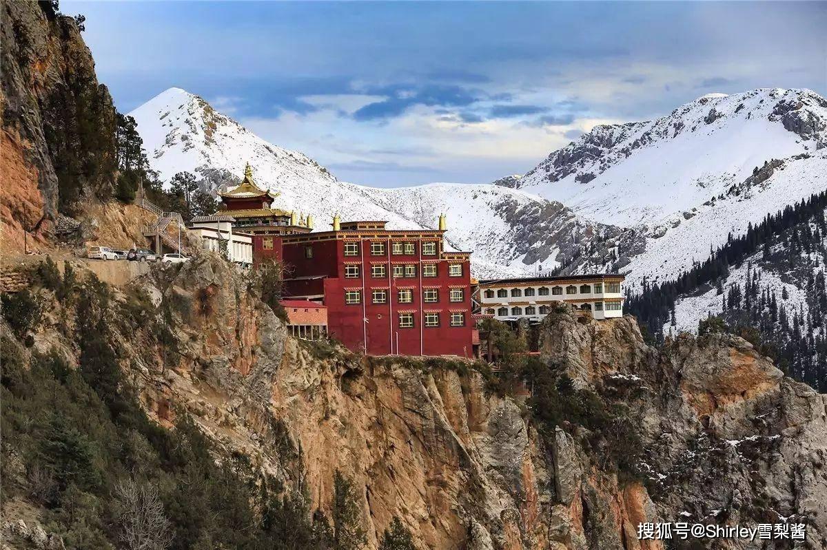 原创             超震撼!寺庙嵌在海拔4000米的悬崖,镇寺之宝还是文成公主的嫁妆