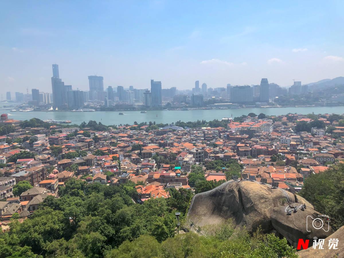 原创             春节热门旅游目的地发布,厦门排第一,这个景点功不可没