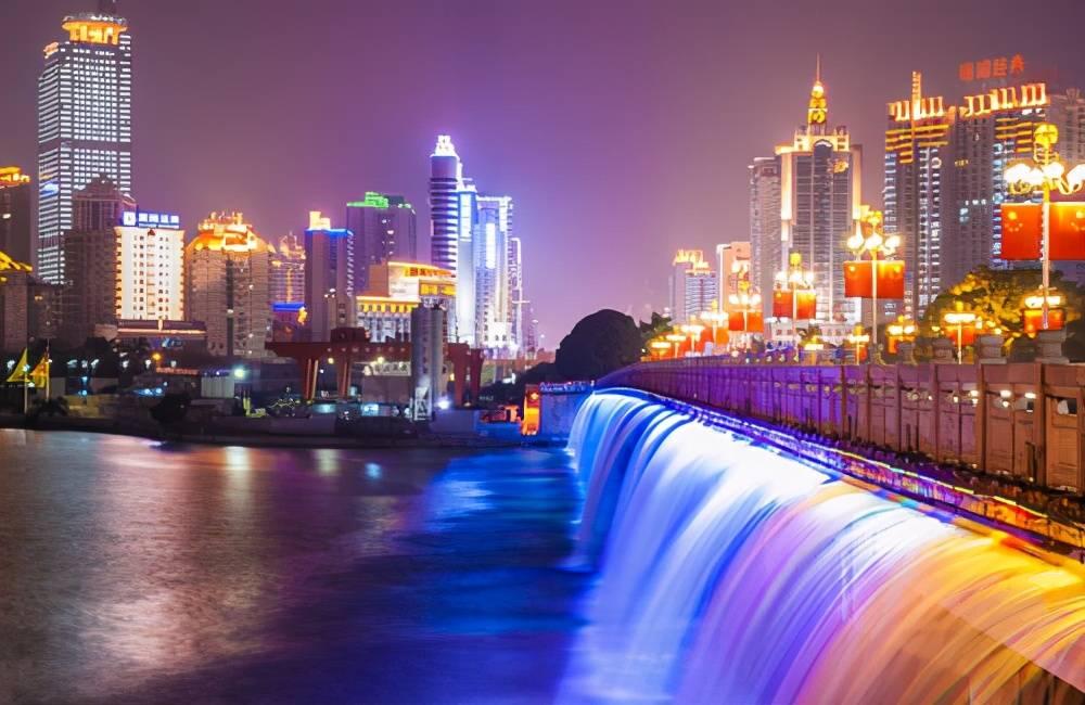 广西各市gdp_2020年广西各市七普人口和人均GDP,南宁十年增加208万人!