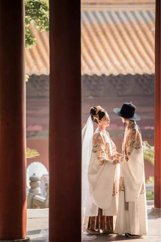 桃之夭夭,灼灼其华,美哭200万人的汉服婚礼有多惊艳?