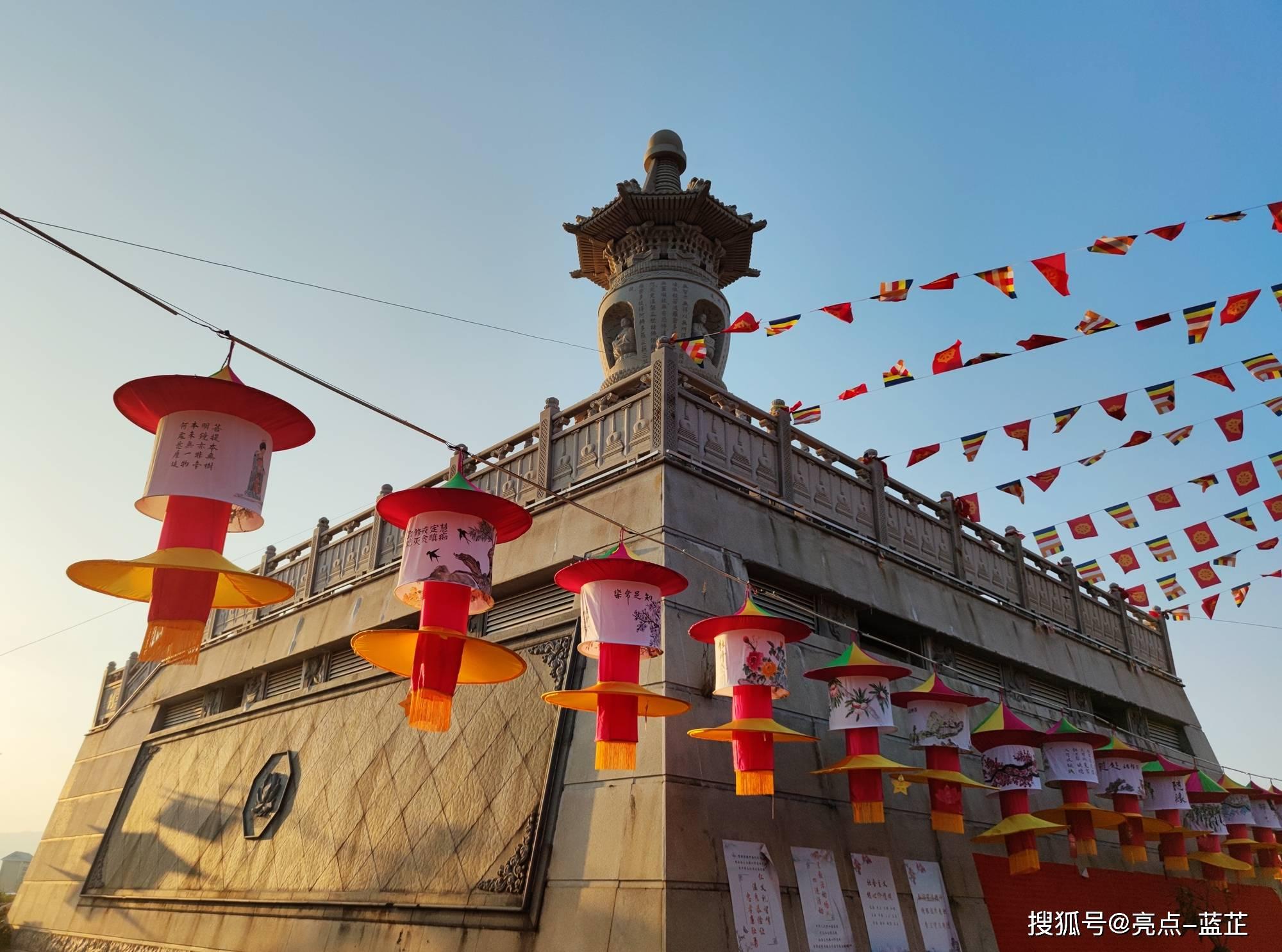 了不起的梅山寺,拥有两个国内之最——石质山门、缅甸白玉佛像  第10张