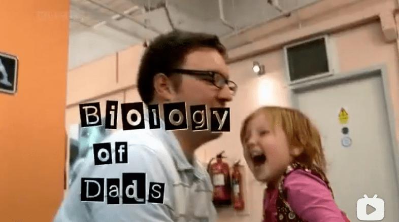 爸爸真的不会带娃吗?50年追踪11000个孩子,BBC纪录片给出了答案  第1张