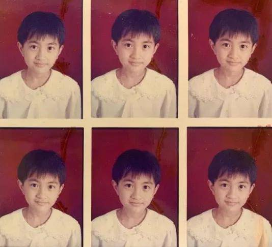 《你好,李焕英》主演童年照:贾玲气质温婉,张小斐认不出  第20张