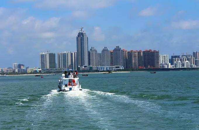 生蚝城湛江与扒鸡城德州,两座城市前景你看好谁?