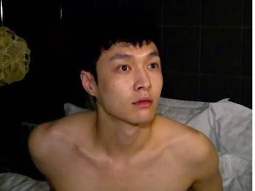 男星妆前妆后对比,罗云熙没差别,蔡徐坤反到像个路人?