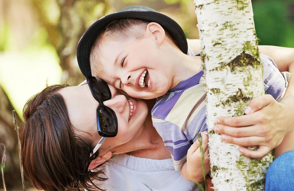 不停贬低自己女儿的母亲 为什么母亲总是贬低女儿