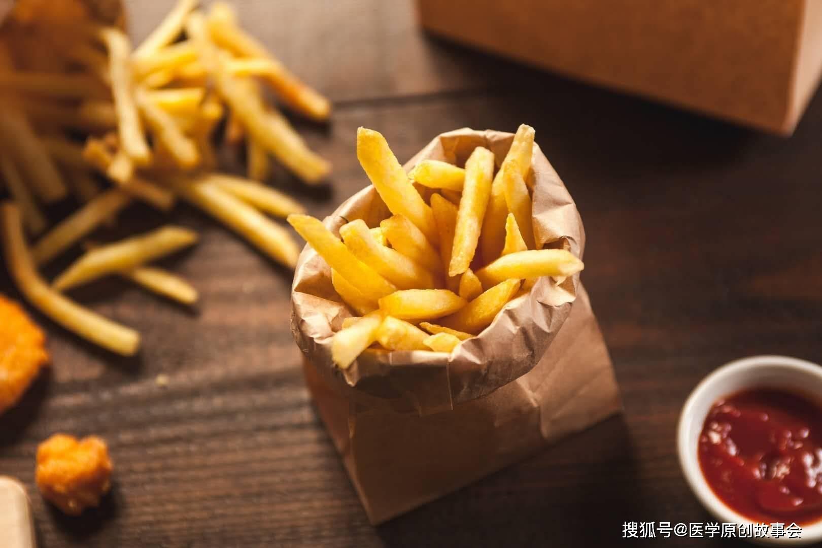 原来糖尿病的罪魁祸首终于找到了。为了远离糖尿病,最好从桌子上拿走六种食物