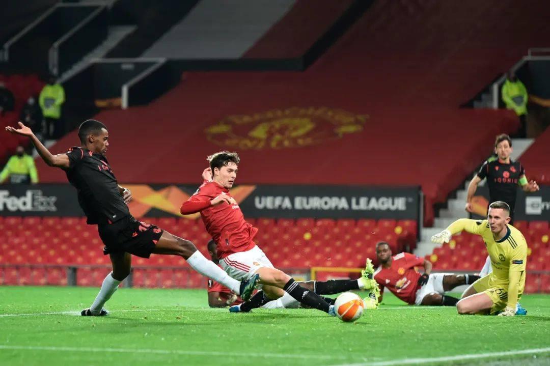 曼联0-0晋级欧联杯16强!一人辜负索帅期望,对切尔西恐坐冷板凳
