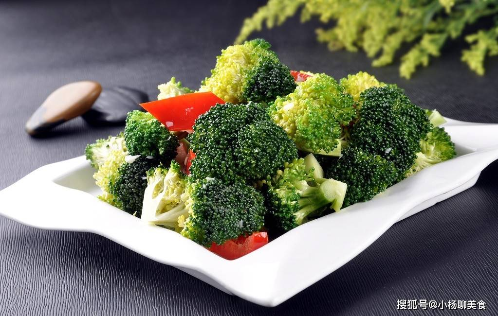 西兰花几种做法,这么做可以满足一天的蔬菜量哦