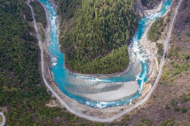 无人机航拍西藏林芝,上帝视角给你带来绝美风景