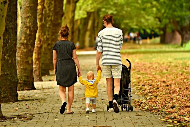 儿媳对公婆、女婿对岳父母的赡养问题,夫妻的经济能力有多重要?