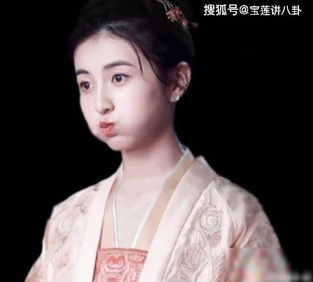 张子枫:我不适合古装,导演:你试试,网友:没有男演员配得上  第4张