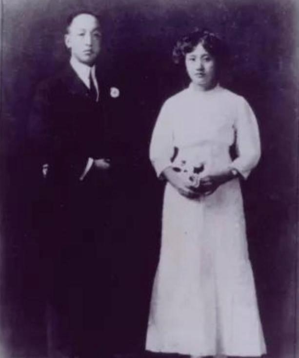 董竹君:从青楼歌女到都督夫人,离婚创办锦江饭店,演绎传奇一生