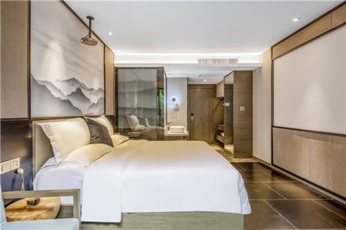 坤逸酒店 奋战new年