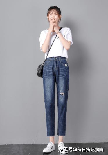 原创             如何根据身型来挑选牛仔裤?跟时尚博主学这几个搭配技巧,很实用