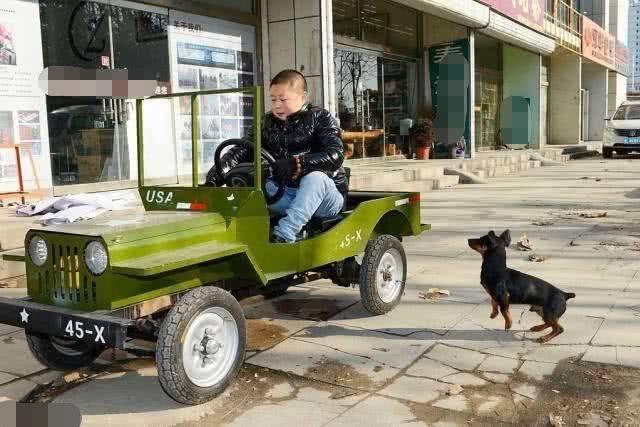 """民间高人造出""""太阳能跑车"""",结果被交警抓到:必须报废"""