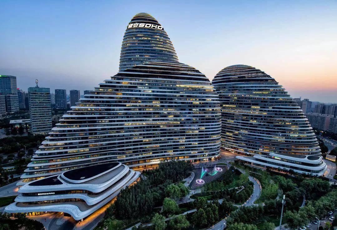 SOHO中国去年出售资产收益6.5亿同比增45倍,潘石屹通过分红累计套现133亿