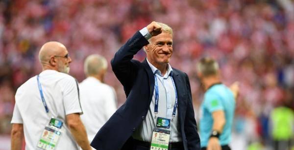 世界杯卫冕冠军魔咒再现!德尚选人眼光太差,给法国埋下两大隐患