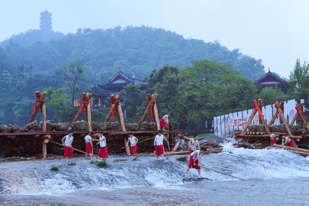 都江堰春水向东流 浇灌川西人民幸福美好生活