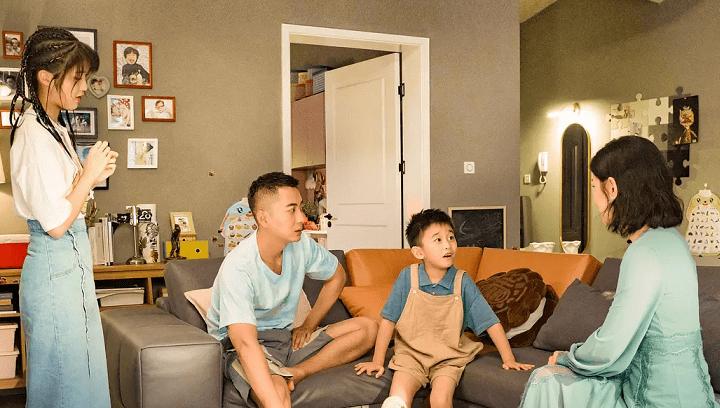一部剧演出四家育儿难题,两天播放量破亿,情节一个比一个写实