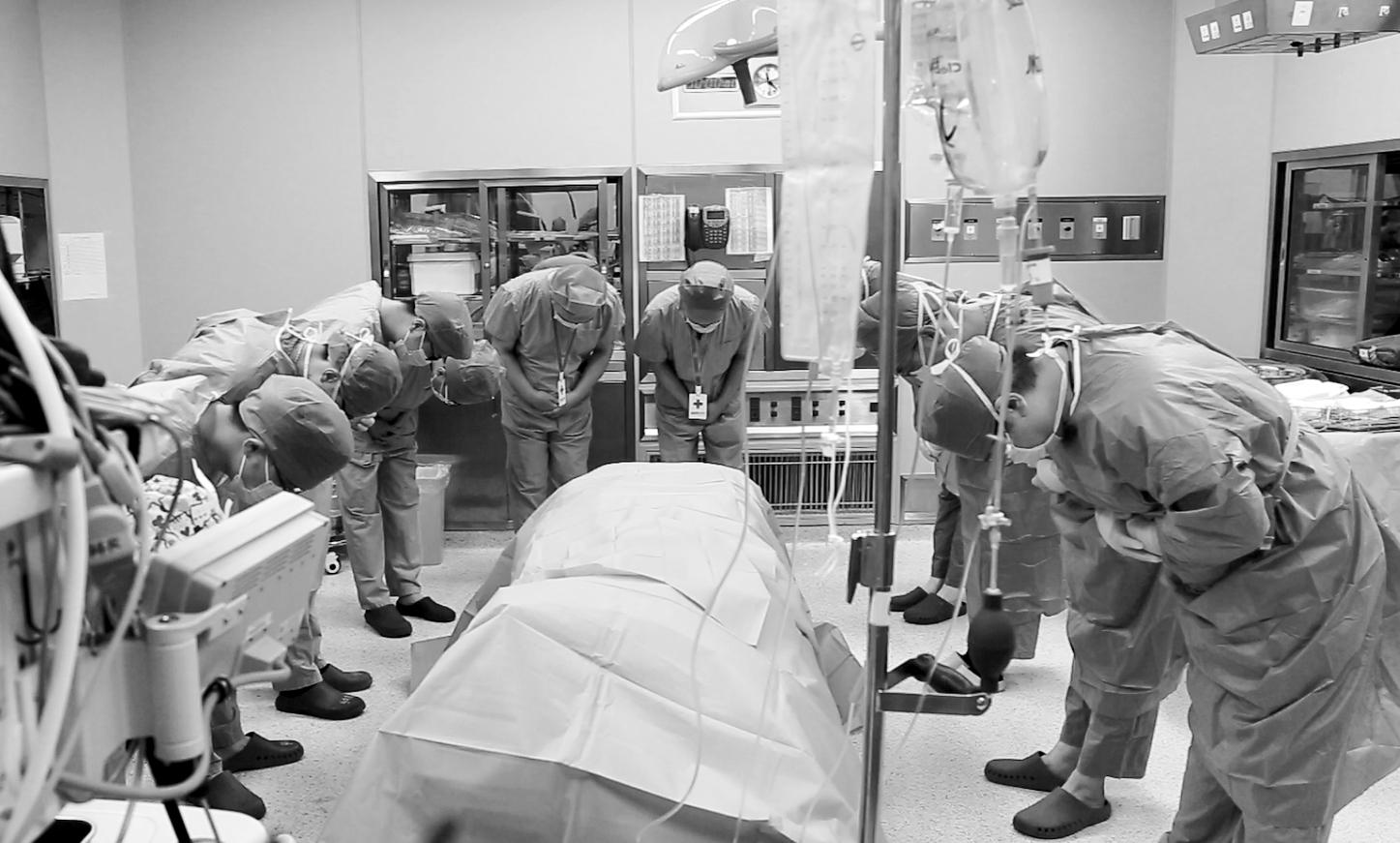 27岁医师突发脑意外离世,家人决定捐献器官挽救五名危重症患者生命