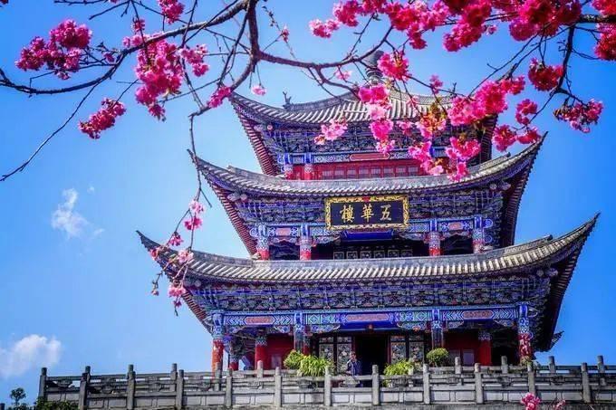 云南旅游必去的景点_云南十个最适合情侣旅游的地方_丽江
