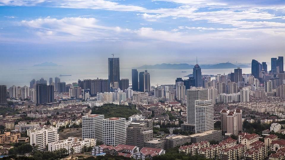 黄海之城青岛的2021年一季度GDP排名情况如何?
