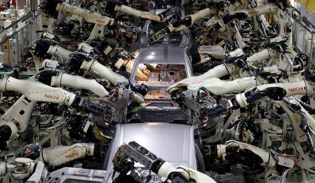 车评日报 | 全球电动车将达1.45亿辆,丰田三家工厂暂停,智能汽车痛点