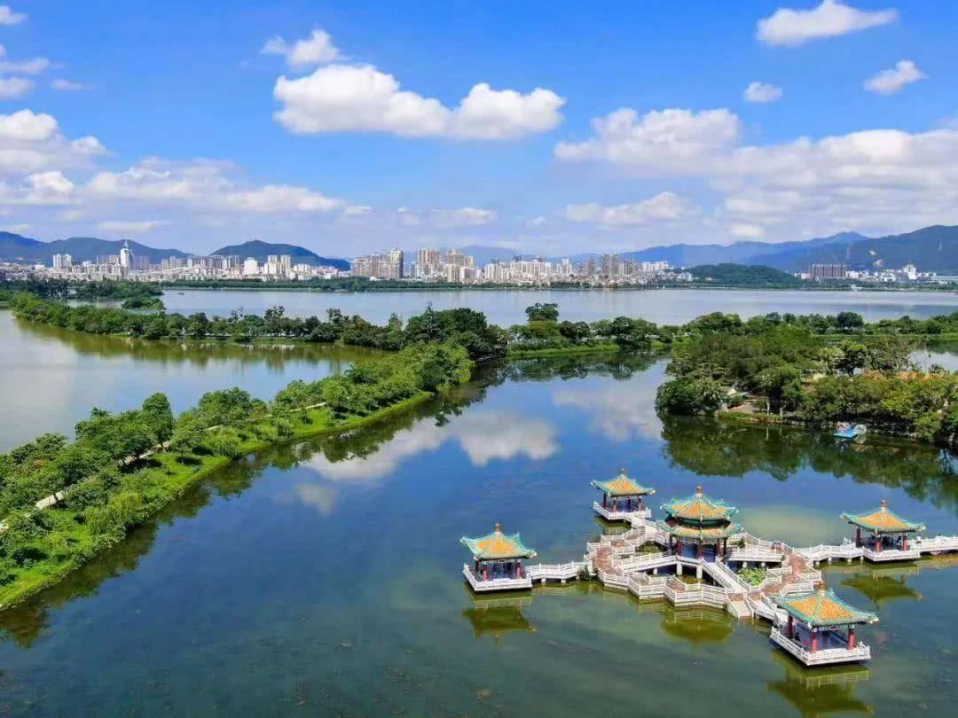 广东适合养老的城市,属于广州都市圈,至今却只是三线城市