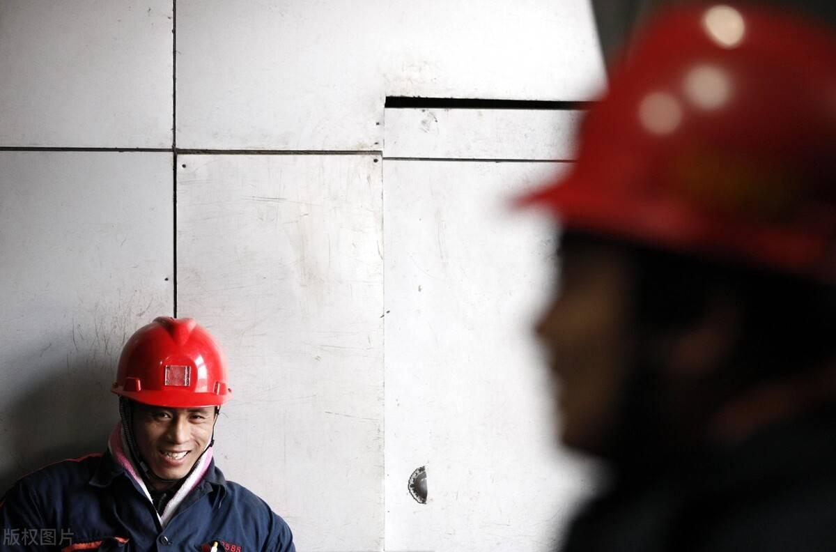 煤矿工人口罩_日本人养成戴口罩的习惯,也是在一场疫情之后