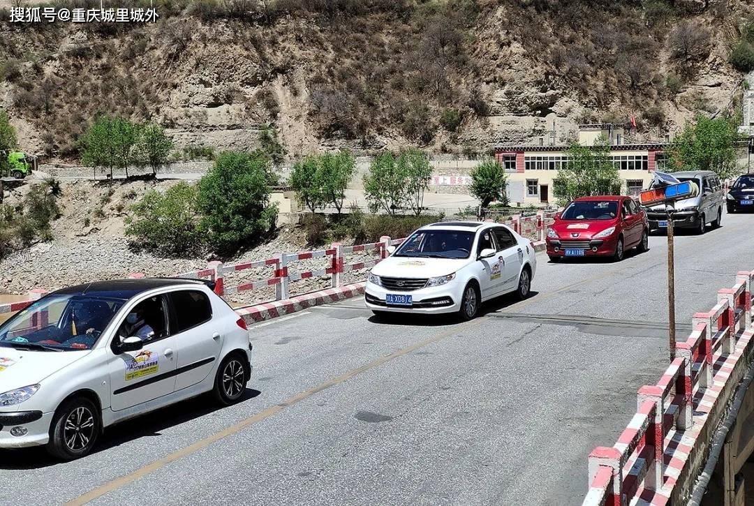 """""""越驾越野穿越G317""""车队今天进入西藏,受到江达旅游发展局热情迎接"""
