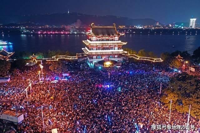 中国新生人口_国家统计局回应:从新生人口看,我国人口的性别结构持续改善