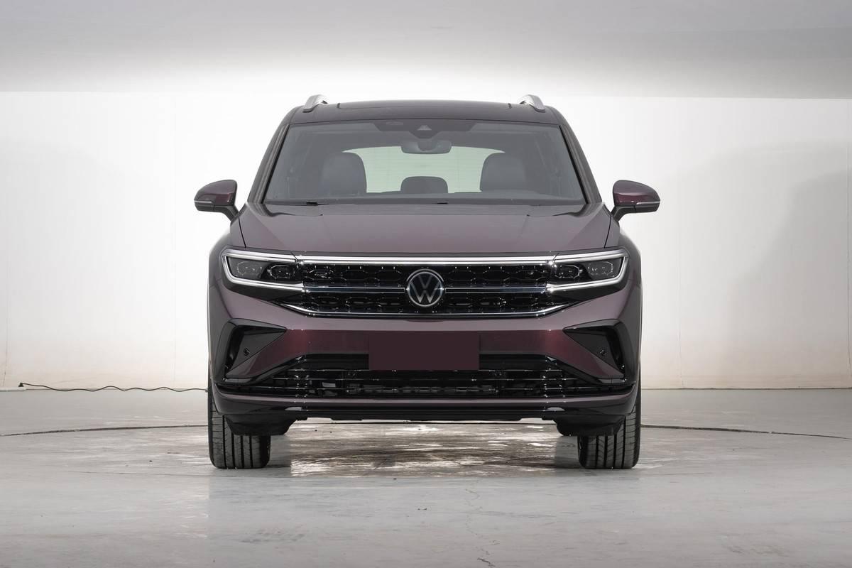 大众确实很懂国人,新SUV配V6机头+家族最大尺寸,定价多少合适?9vp