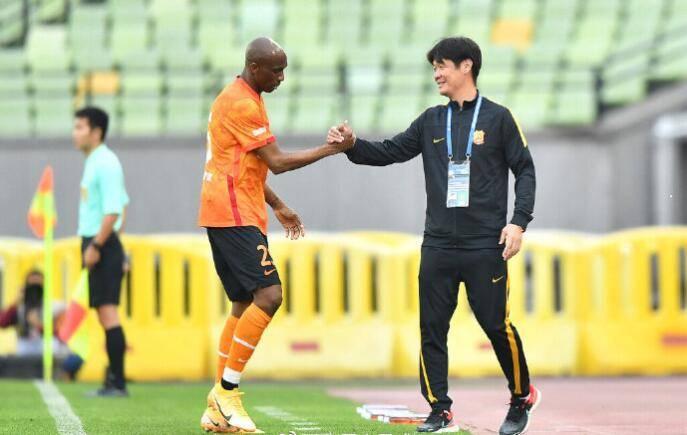 武汉队一胜难求跌至积分榜末位 俱乐部将继续支持教练团队