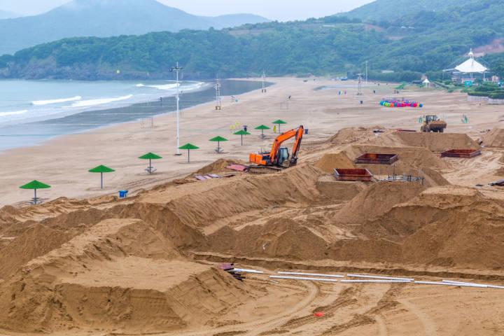 第二十二届舟山国际沙雕节开始创作 6月下旬去朱家尖南沙景区打卡!_革命