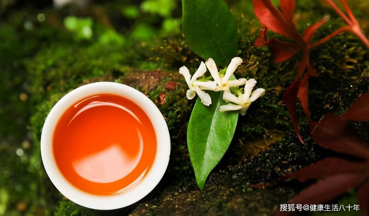 《本草精荟》:行气宽中:紫苏叶、苏梗、苏子