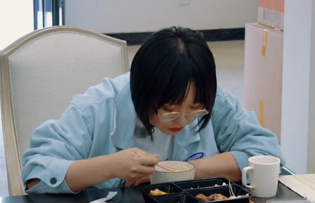 吃饭考验素质:孟子义浪费半盒米饭,舒淇全吃光,郭麒麟值得学习