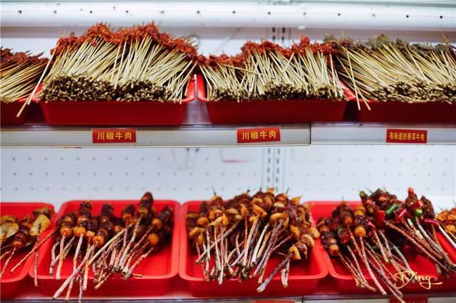 牛串门串串香,吃了才知道啥是必吃榜,麻辣鲜香和流通在唇齿之间